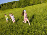 jerry-marcy-monkman-young-girls-running-in-field-sabins-pasture-montpelier-vermont-usa